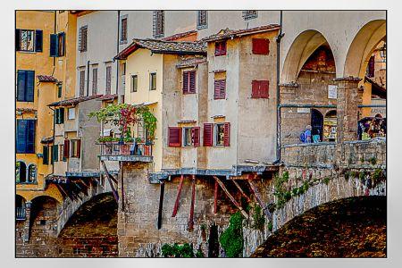 Construção suspensa na Ponte Vecchio